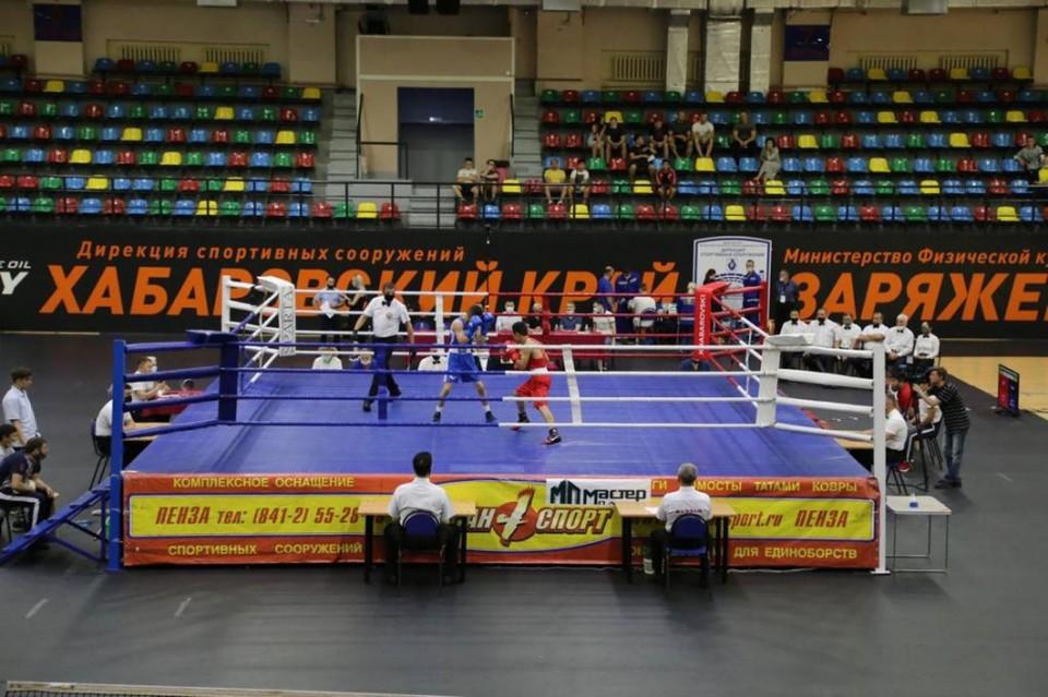 Хабаровские боксеры завоевали семь медалей на чемпионате ДФО
