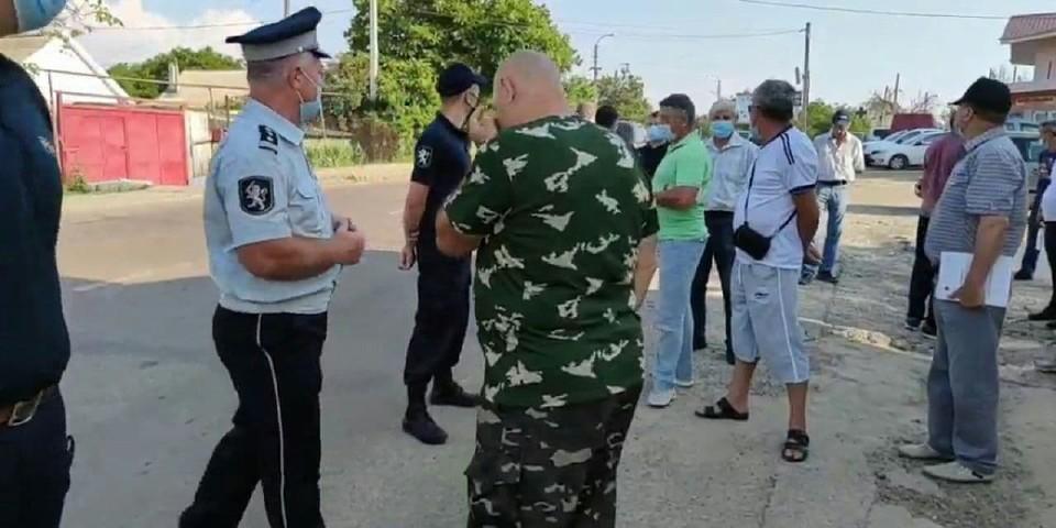 Выборы в Молдове продолжаются.