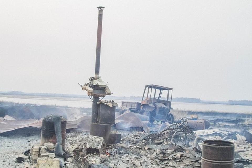 Деревня выгорела практически полностью. Фото: пресс-служба ГУ МЧС по Омской области