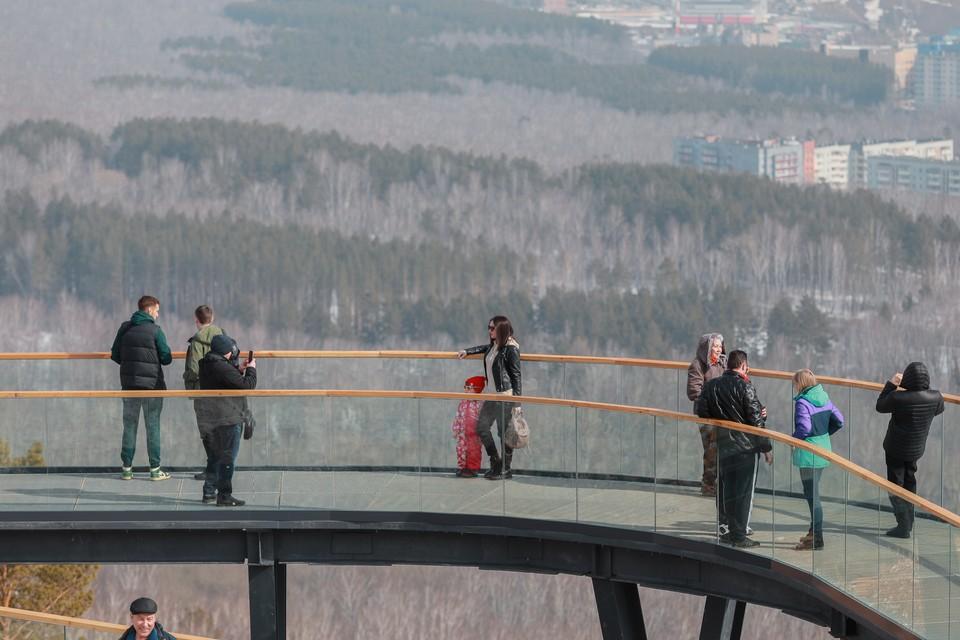 В Красноярске закрывают дорогу к смотровой площадке на Николаевской сопке