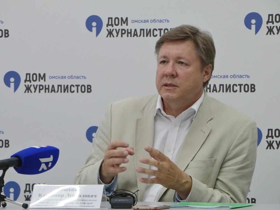 Владимир Стасенко объяснил, почему так важно вакцинироваться. Фото: vk.com/sib_pressclub