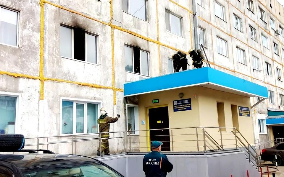 На пожаре в Сургуте от едкого дыма чуть не задохнулись 30 человек Фото: ГУ МЧС России по ХМАО-Югре