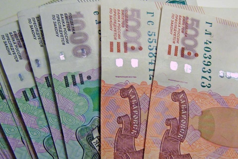 В Тюмени 63-летний мужчина перевел мошенникам 170 тысяч рублей через разные банкоматы.