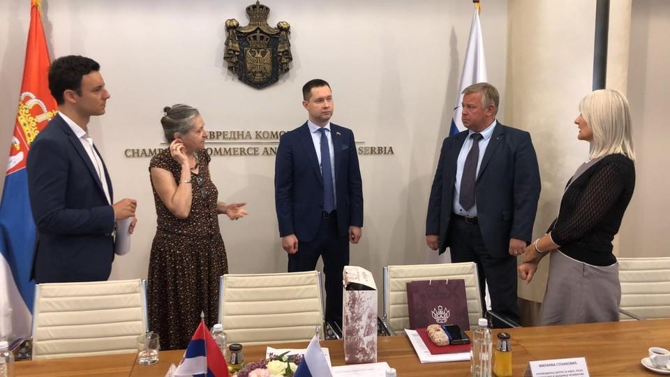 Основная тема переговоров ー развитие двусторонних связей между государствами