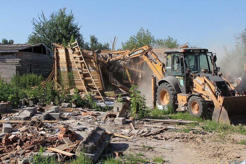 В тульском поселке Плеханово в цыганском таборе снесли 9 построек
