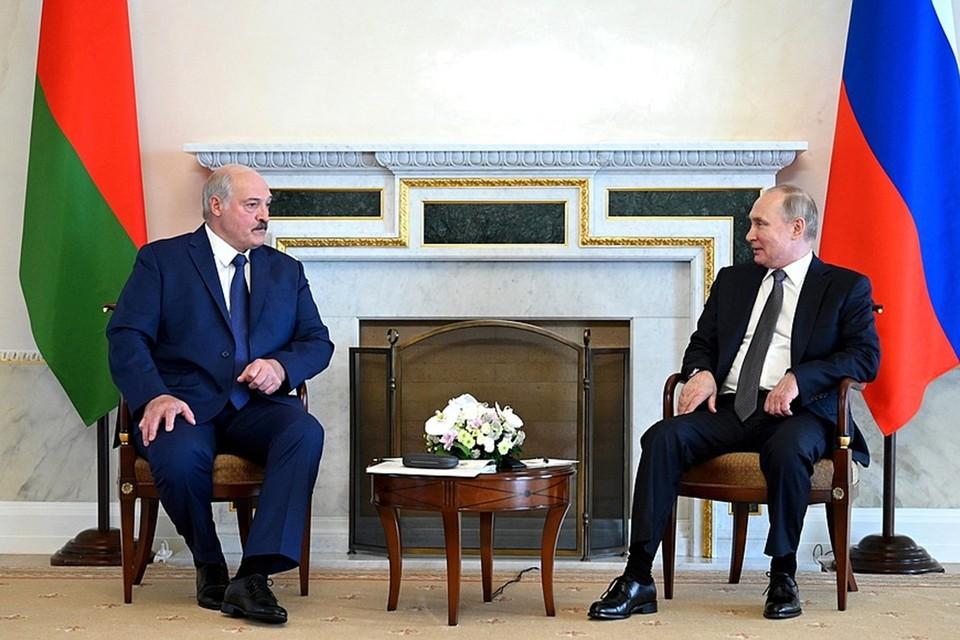 Лукашенко и Путин ведут переговоры уже более пяти часов. Фото: пресс-служба Кремля