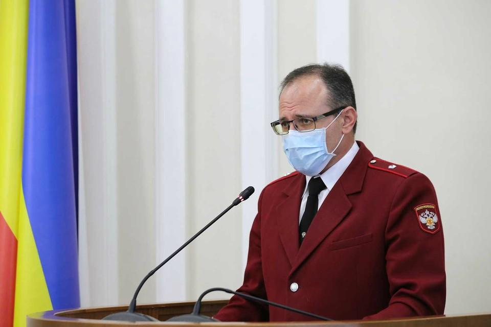 Главный санитарный врач не стал увеличивать штрафы для безмасочников. Фото: правительство РО