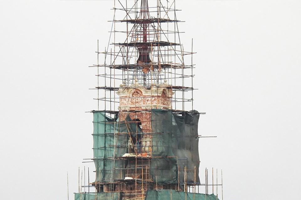 В Калязине продолжается реконструкция колокольни Николаевского собора Фото: vk.com/id528759846/Александр Дмитриев