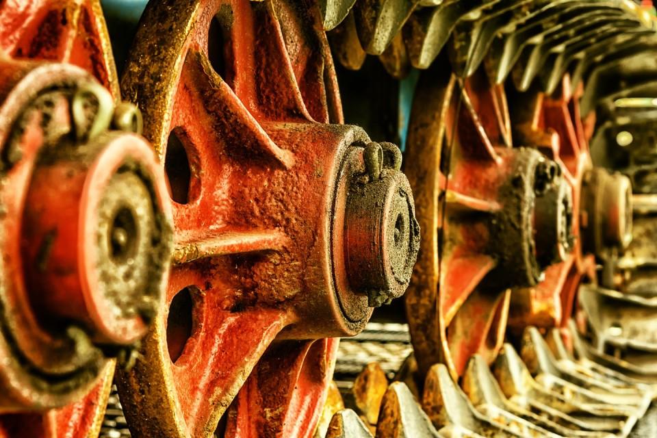 «От автомобиля до Крымского моста»: как продлить жизнь изделию из металла. Фото: pixabay.