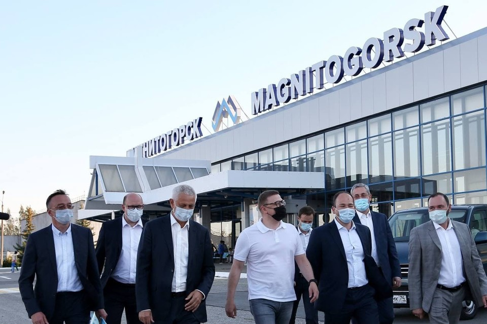 Алексей Текслер посетил аэропорт Магнитогорска. Фото: gubernator74.ru