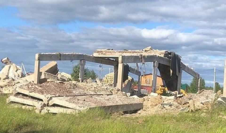 В Октябрьском районе сносят аварийное жилье и опасные постройки Фото: Администрация Октябрьского района