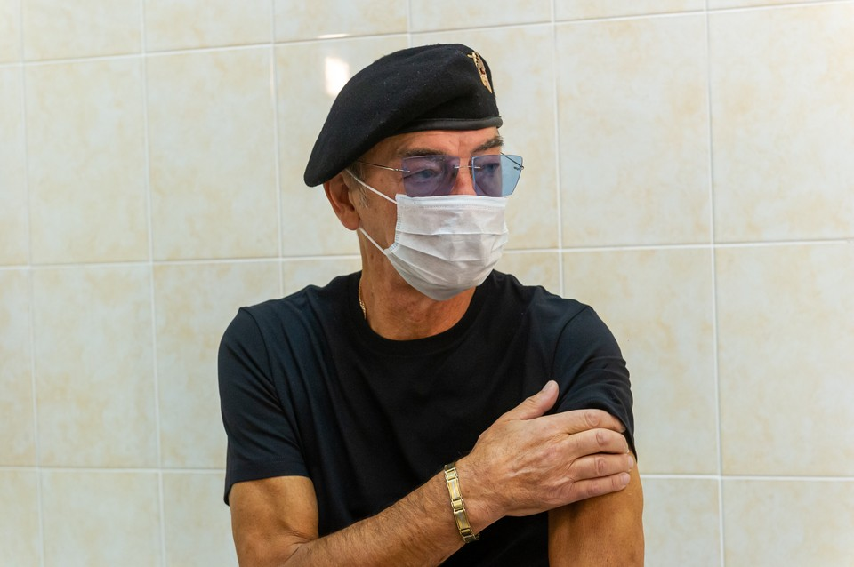 Михаил Боярский пока что остается в больнице.