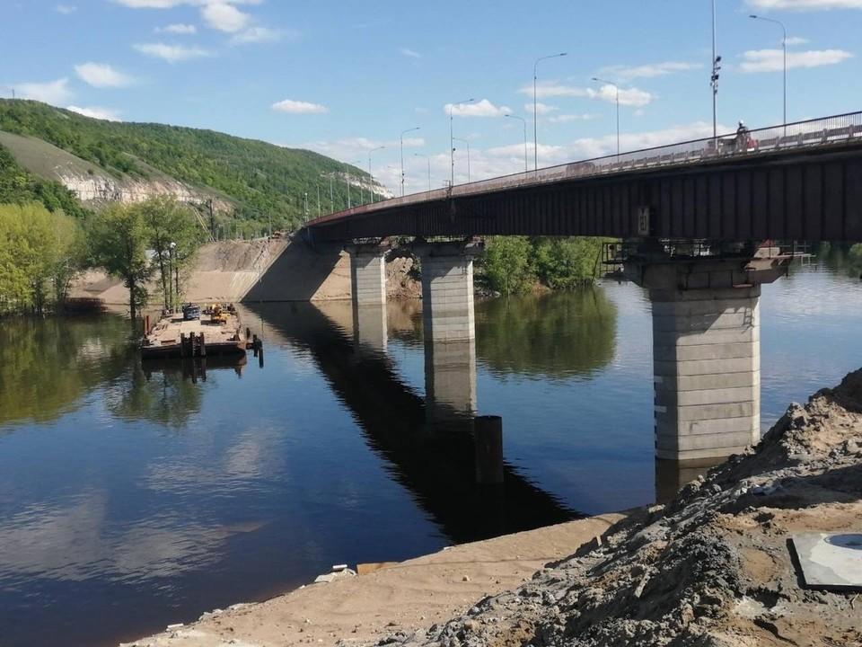 По мосту через Сок запущено рабочее движение. Фото - правительство Самарской области
