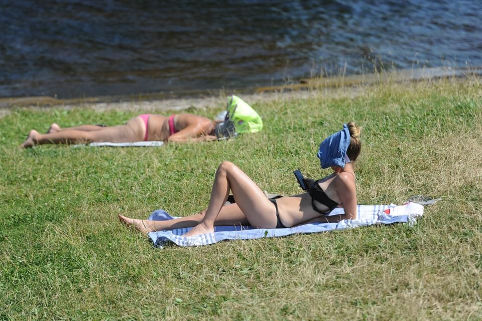 В Петербурге - аномальная жара и аномальная засуха.