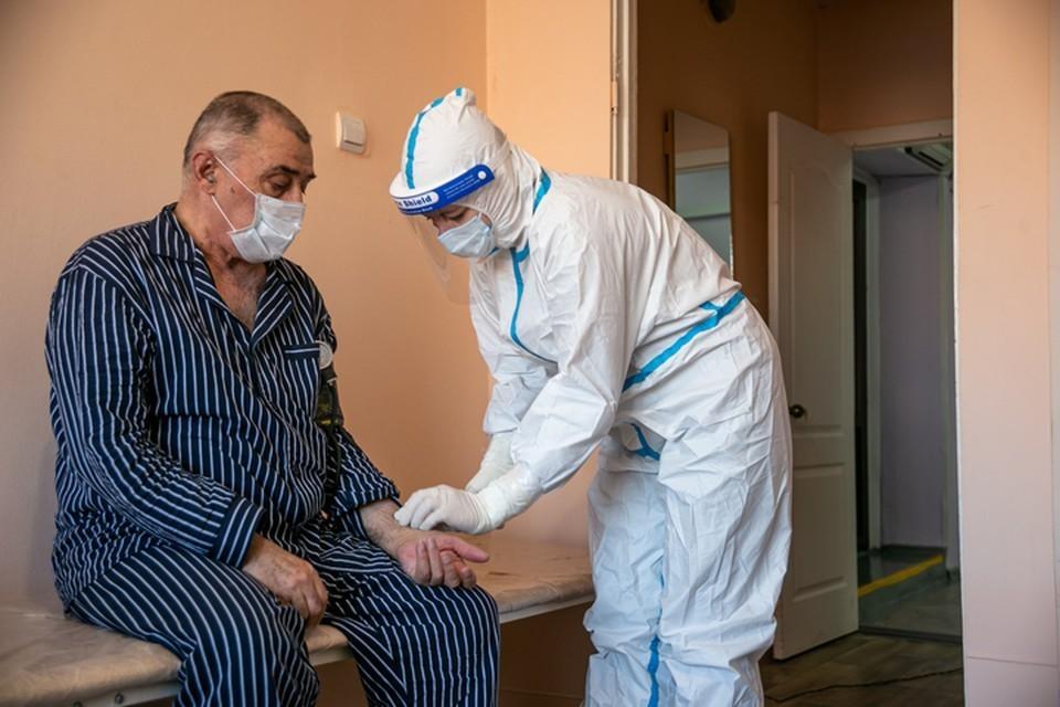 В Хабаровском крае не хватает волонтеров для работы в пандемию