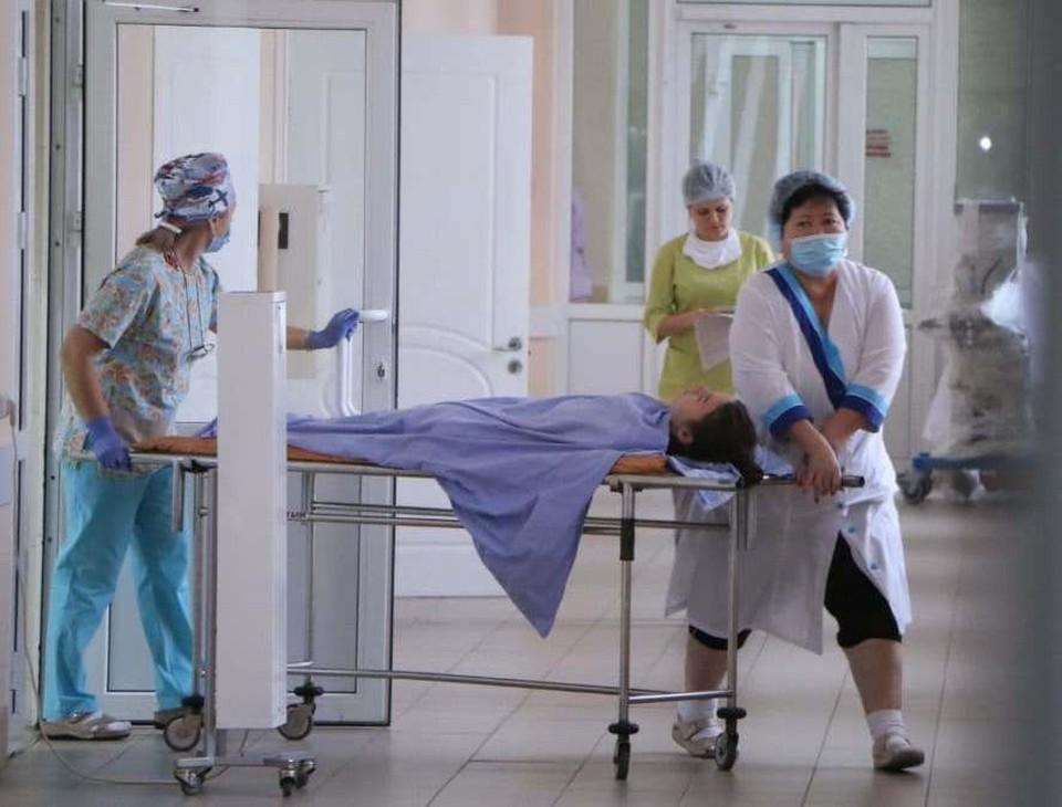 От коронавируса с начала пандемии умерло уже 1600 омичей.
