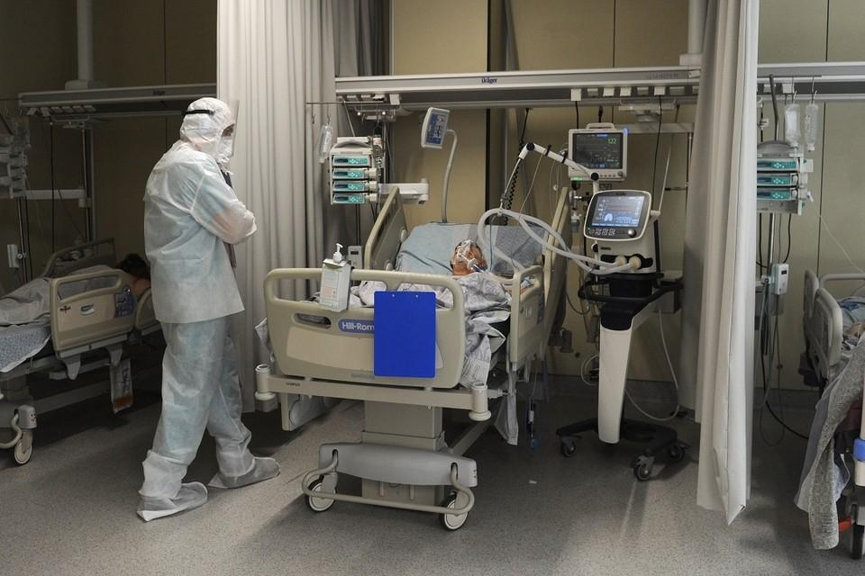Новосибирский вирусолог перечислил новые симптомы коронавируса.
