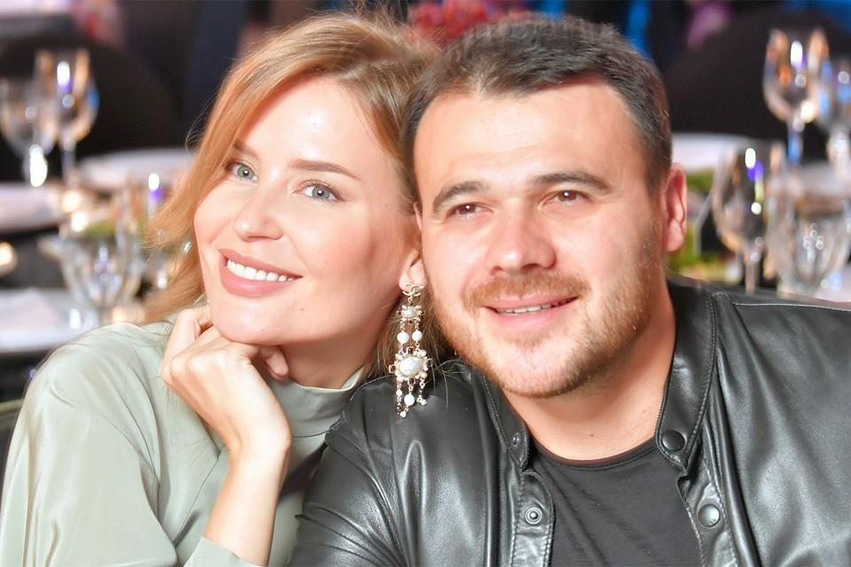 Эмин Агаларов с супругой Аленой в марте 2020 года.