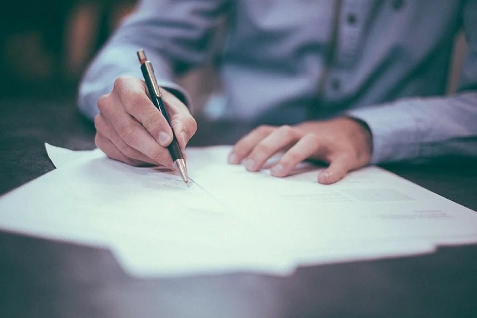 Сотрудники фирмы заключали договора на изготовление мебели, но ничего не изготавливали, а тратили предоплату. Фото: pixabay.com