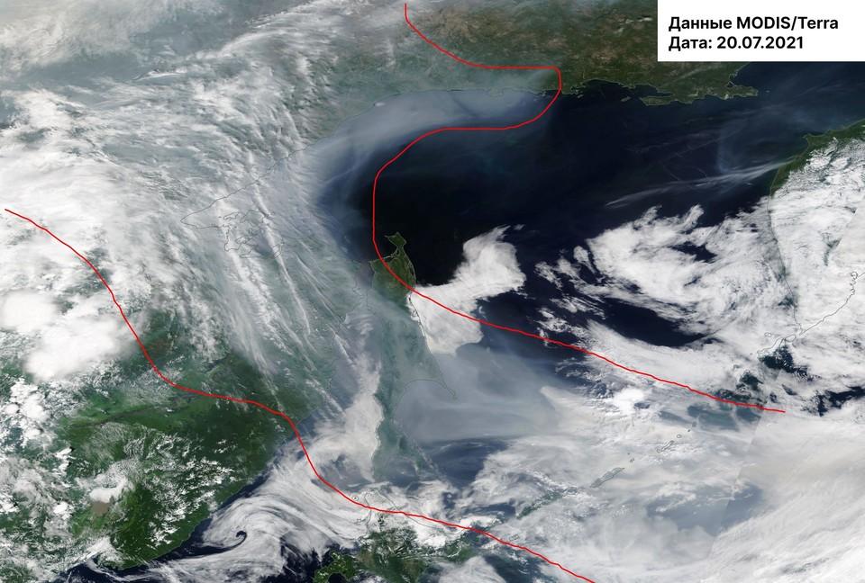Минэкологии опубликовало снимки смога из космоса