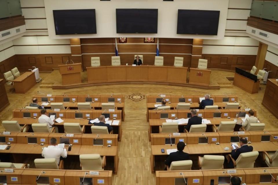 Фото: пресс служба Законодательного собрания Свердловской области.