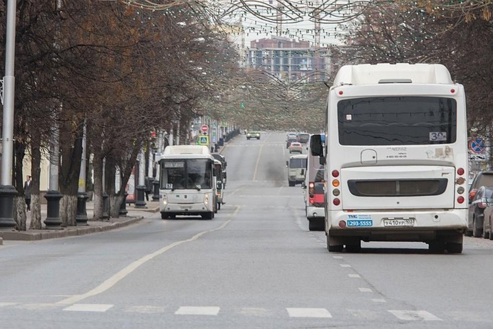 По словам сотрудников Минтранса, количество общественного транспорта сократилось на трех городских маршрутах