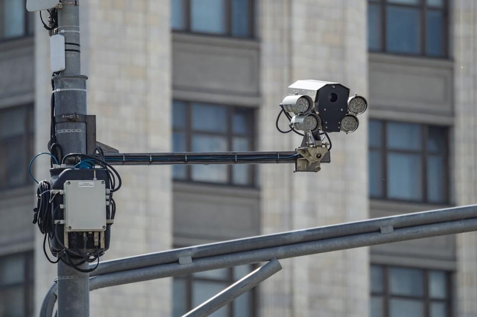 Разработчик правил для дорожных камер рассказал о системе розыска «Паутина».