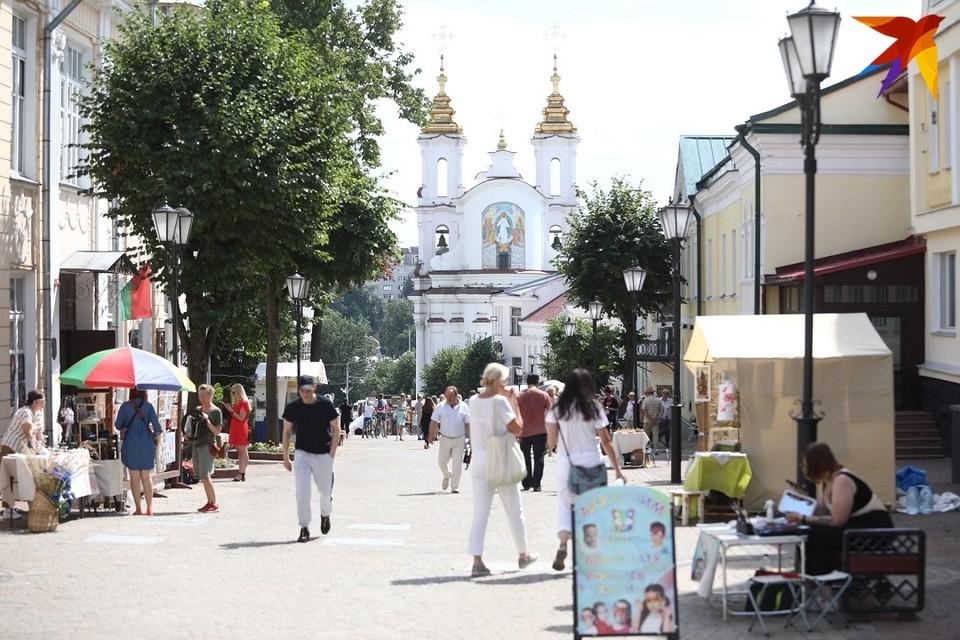 В мире и Беларуси продолжают регистрировать новые случаи коронавируса.