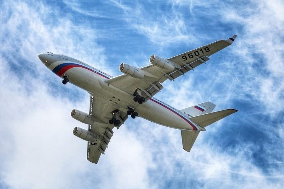 Самолет, который удалось снять супругам входит в состав президентского авиаотряда Фото: страница ВКонтакте Юлии Ташлыковой
