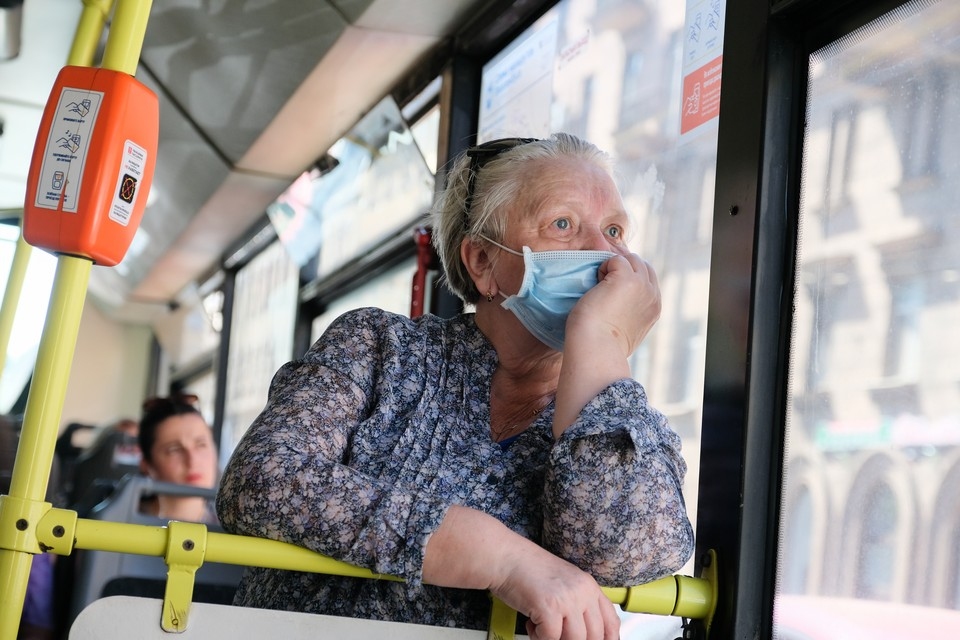 Действие льгот расширили на автобусах между Петербургом и Ленобластью.