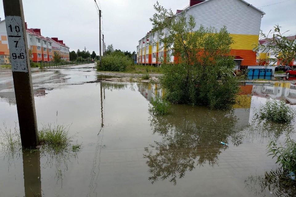 """Фото: паблик """"Происшествия Ноябрьск"""". Затопленная улица."""