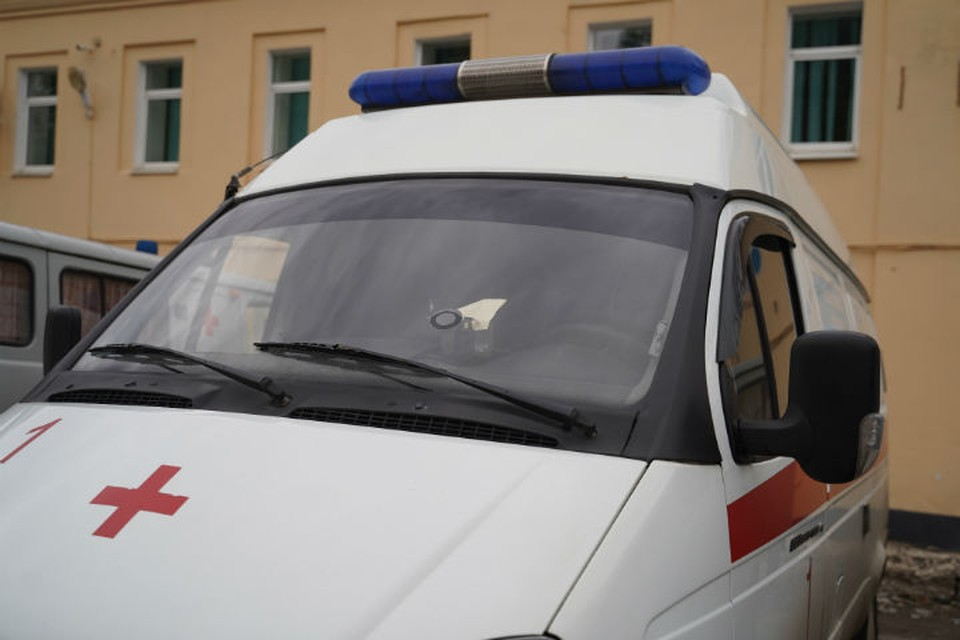 В Ярославле «Ленд Ровер» врезался в машину скорой помощи