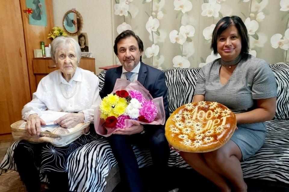 100-летие отпраздновала жительница Комсомольска Надежда Сазанова
