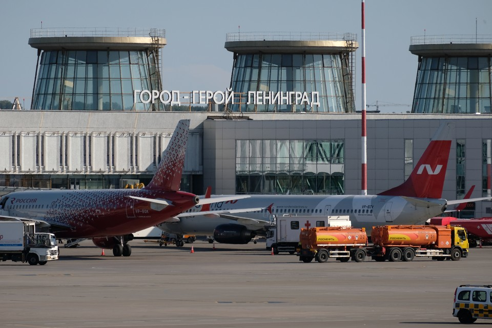 Рейс Архангельск-Петербург задержался более чем на 10 часов 1 сентября