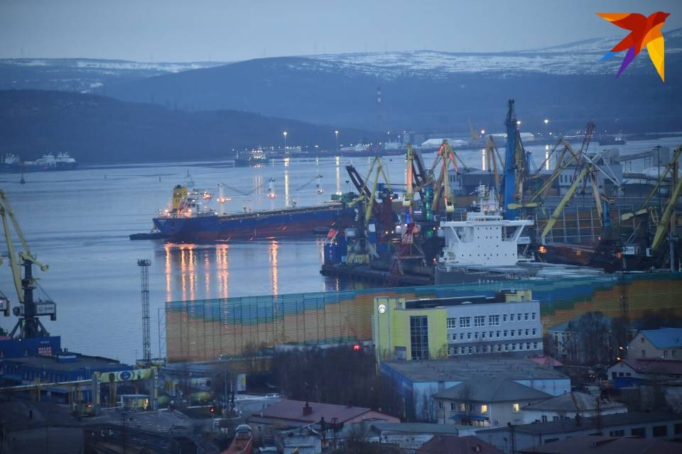 Краболов «Глейшер Энтерпрайз» приписан к порту Мурманск.