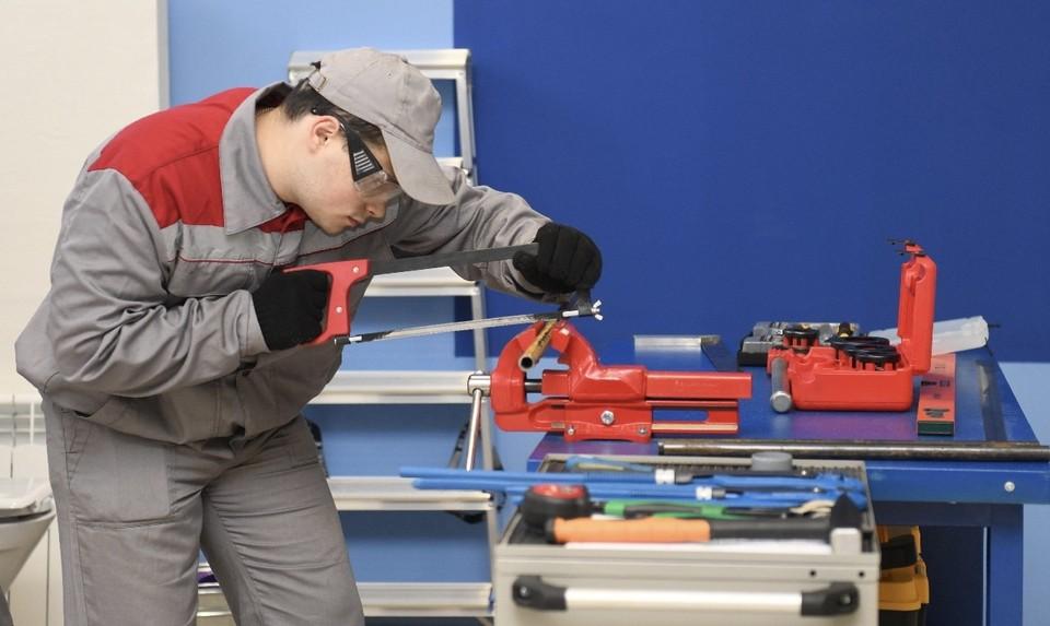Почти 70 миллионов рублей выделили на модернизацию мастерских в Смоленской области. Фото: пресс-служба администрации Смоленской области.