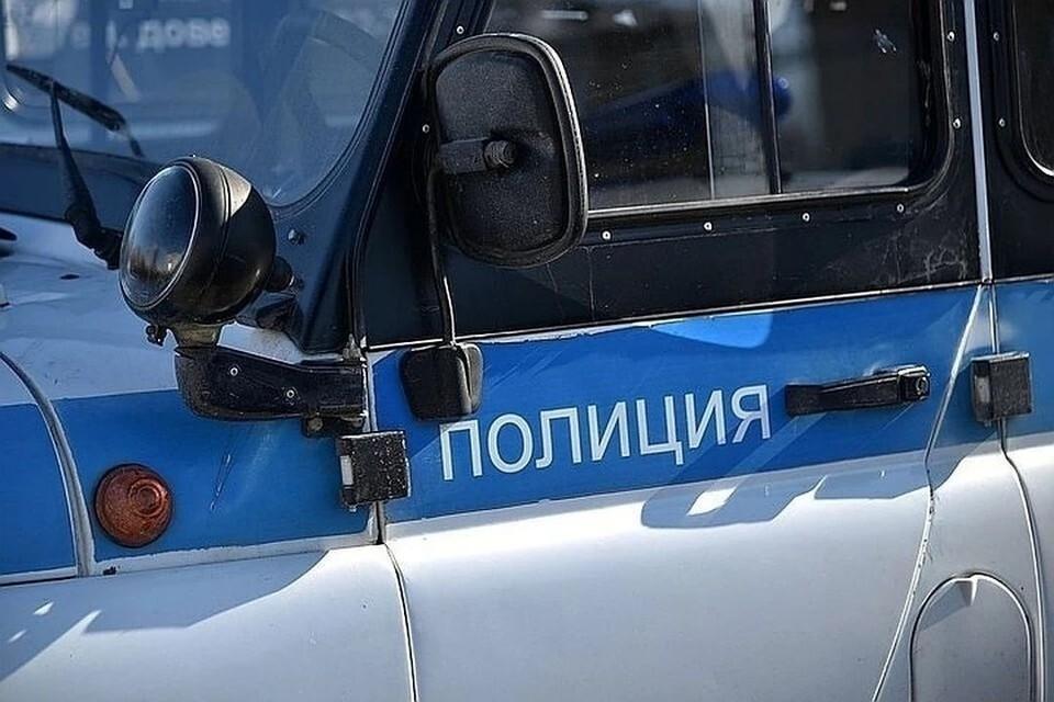 Грабителя, выхватившего у 23-летнего парня в Новосибирске сумку с 50 миллионами, задержали.