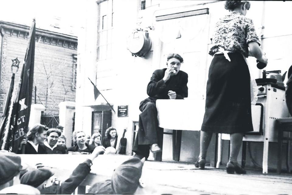 Газовая плита была важным участником первомайской демонстрации в 50-х… Фото: предоставлены ООО «СВГК»