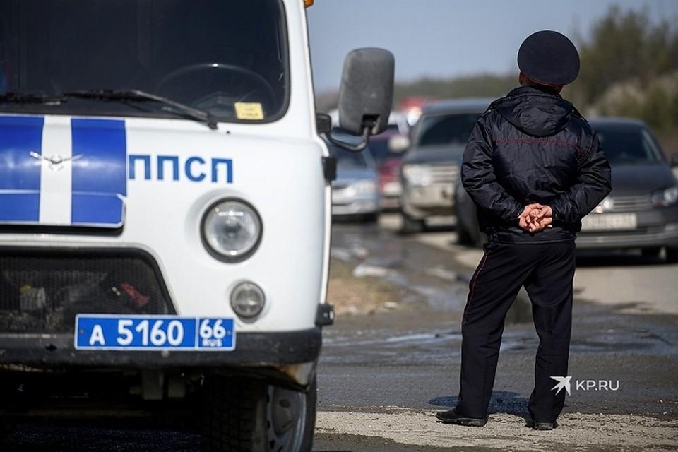 Сотрудники полиции опросили местных жителей