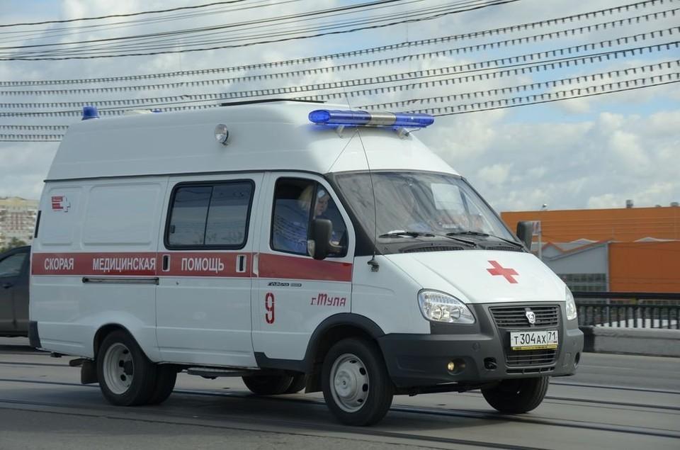 В Туле два медработника пострадали в аварии скорой и автобуса