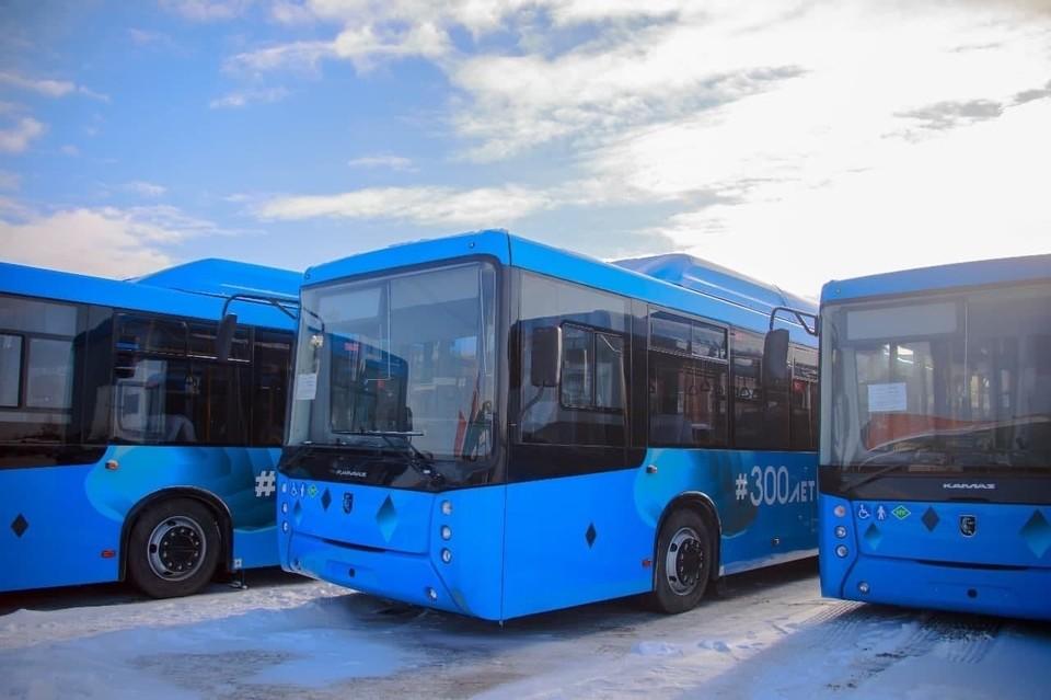 Житель Кемерова предложил ввести единые стандарты на музыкальный репертуар в автобусах. Фото: АПК.