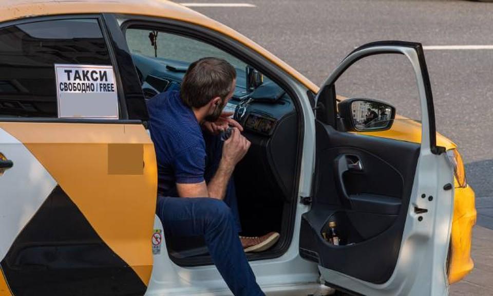 Далеко не все воронежские таксисты соблюдают закон во время своих поездок, некоторые из них сейчас попались.