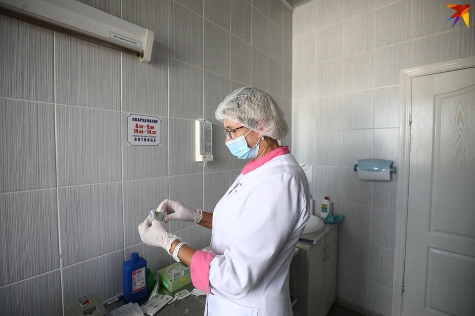 Россию призвали готовиться к новой вспышке коронавируса.