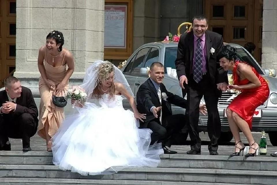 Стало известно, сколько пар развелись в Новосибирской области в 2021 году.