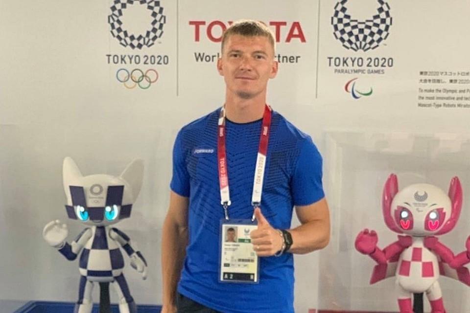 Бегун из Саянска Роман Тарасов, выигравший бронзу Паралимпиады в Токио, стал заслуженным мастером спорта. Фото: официальный сайт администрации Саянска.