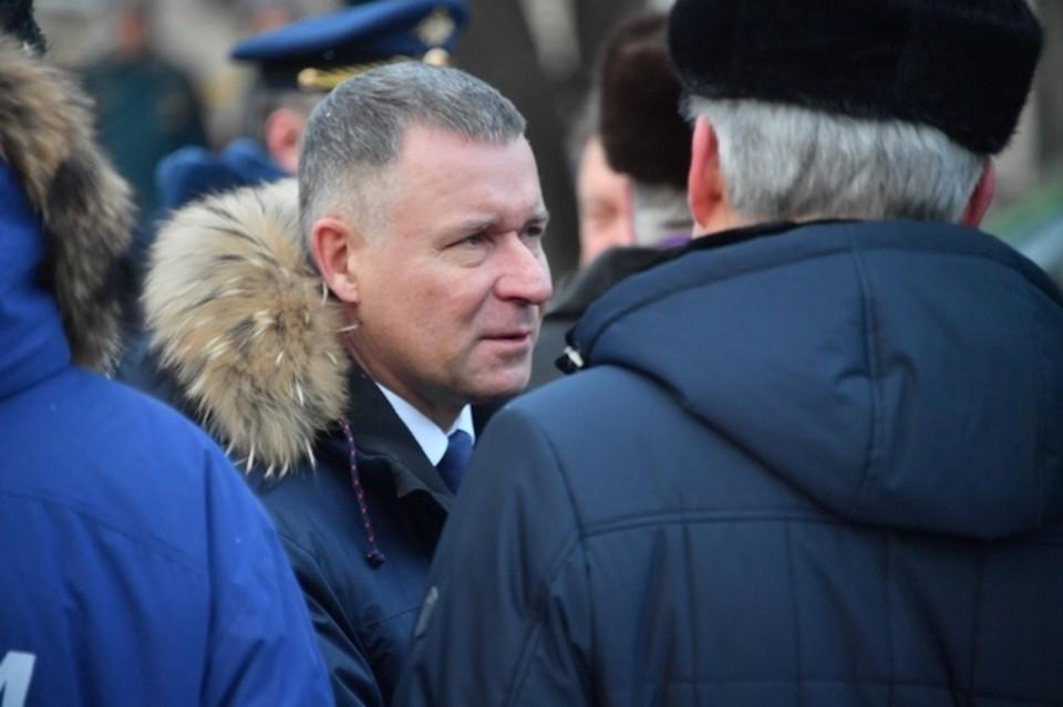 Глава МЧС Евгений Зиничев трагически погиб при исполнении служебного долга