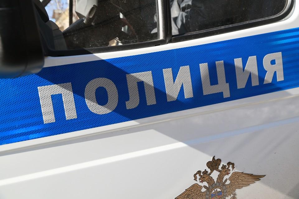 Неподалеку находился полицейский пост и одного из злоумышленников поймали правоохранители