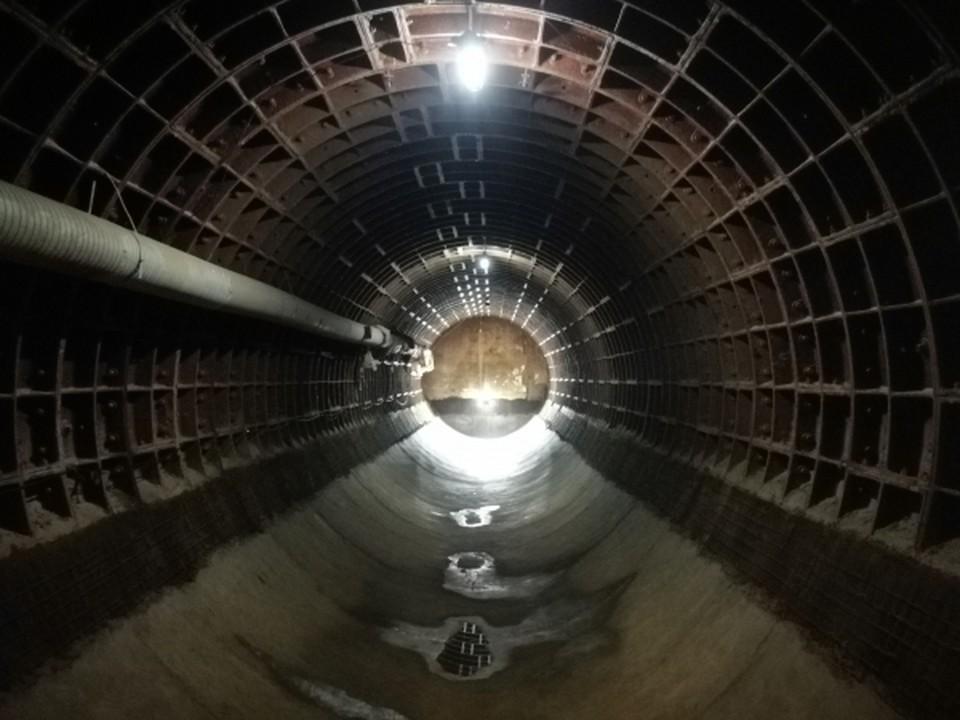 Планы по использованию недостроенного метро в Омске амбициозные, но реализовать их сложно.