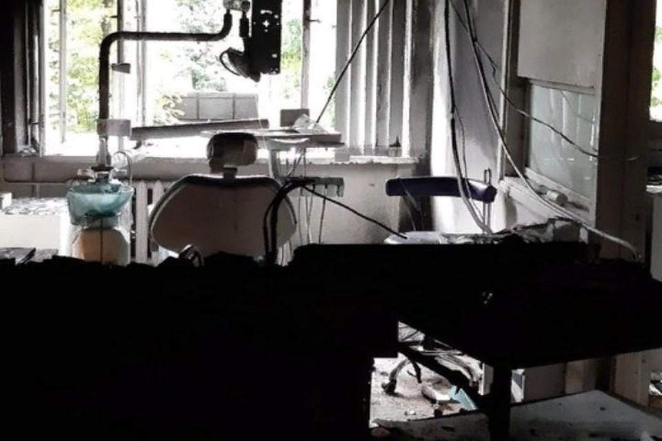 """В Ярославле горела областная стоматологическая клиника. ФОТО: группа """"Жесть Ярославль"""" ВКонтакте"""