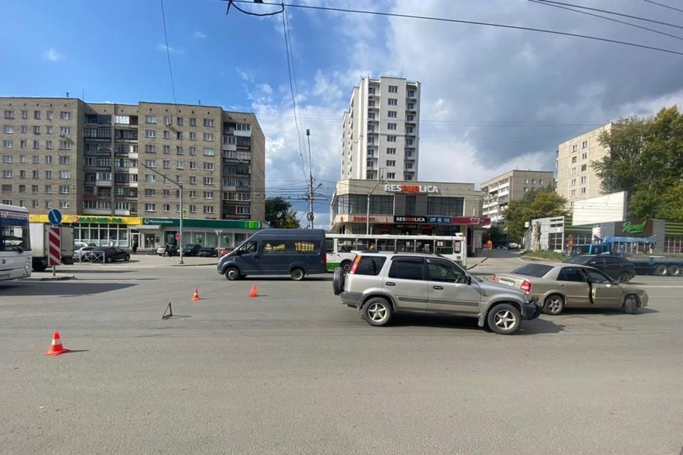 В Новосибирске в аварии пострадал ребенок. Фото: Госавтоинспекция по Новосибирску